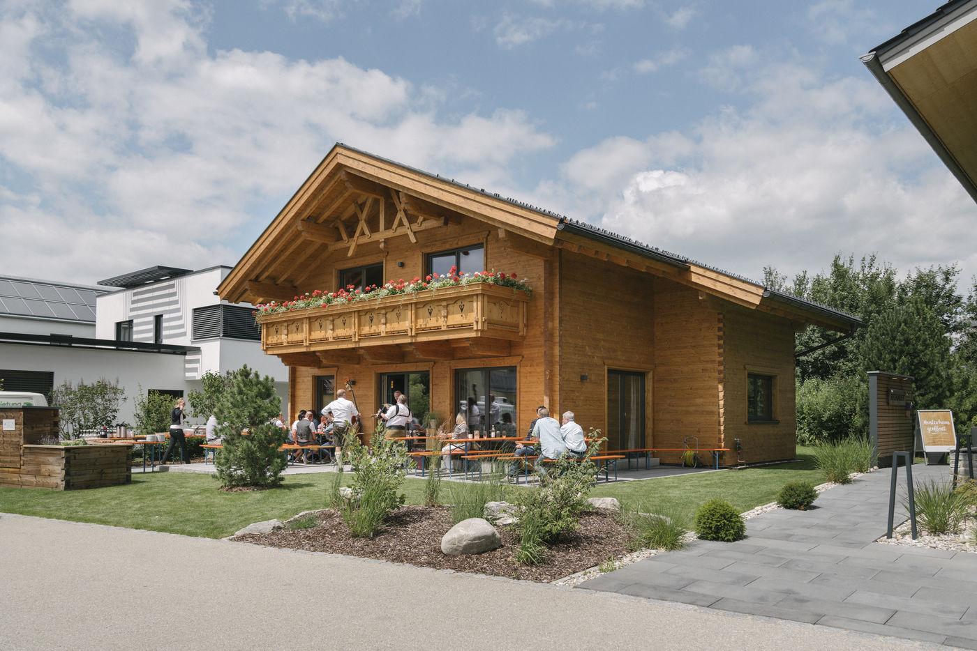 Musterhaus Tiroler Holzhaus Blockhaus Poing Tiroler Holzhaus Gmbh